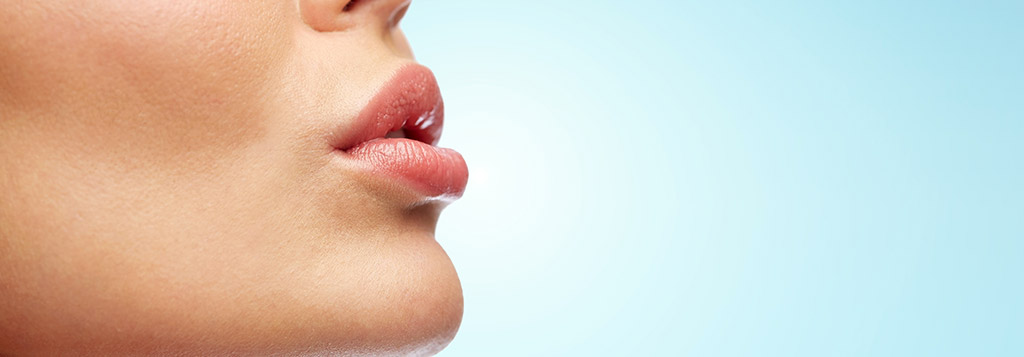 Lip Reduction Is the New Plastic Surgery Trend sur ICME